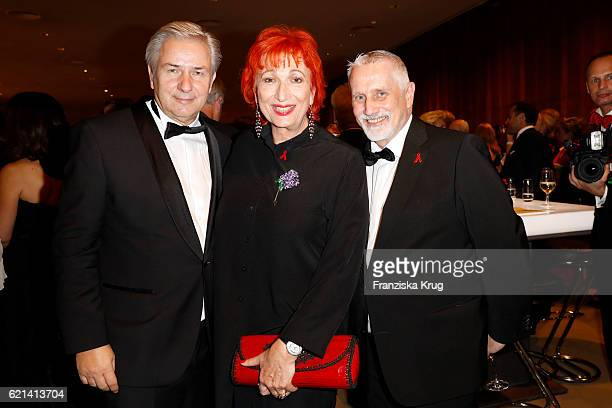 Klaus Wowereit Zazie de Paris and Joerg Kubiki attend the aftershow party during the 23rd Opera Gala at Deutsche Oper Berlin on November 5 2016 in...