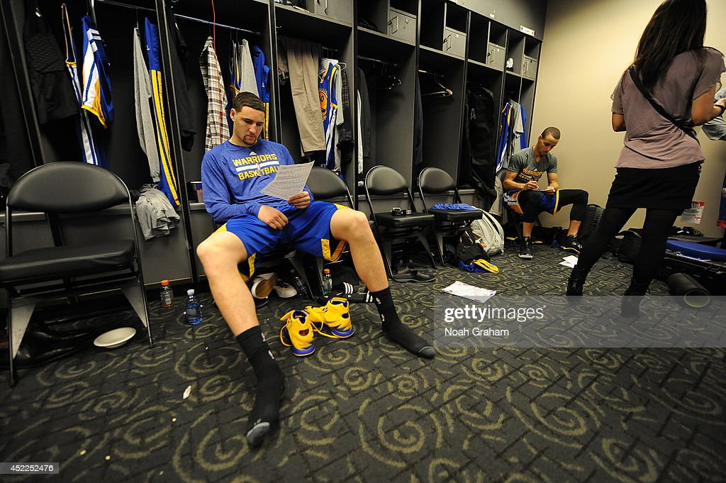 <a gi-track='captionPersonalityLinkClicked' href=/galleries/search?phrase=Klay+Thompson&family=editorial&specificpeople=5132325 ng-click='$event.stopPropagation()'>Klay Thompson</a> #11 of the Golden State Warriors gets ready in the locker room before the game against the Los Angeles Clippers at STAPLES Center on March 12, 2014 in Los Angeles, California.