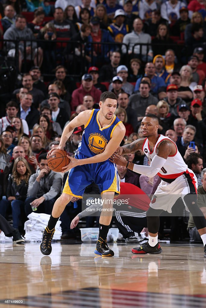 Klay-thompson-of-the-golden-state-warriors-handles-the-ball-against-picture-id467449920