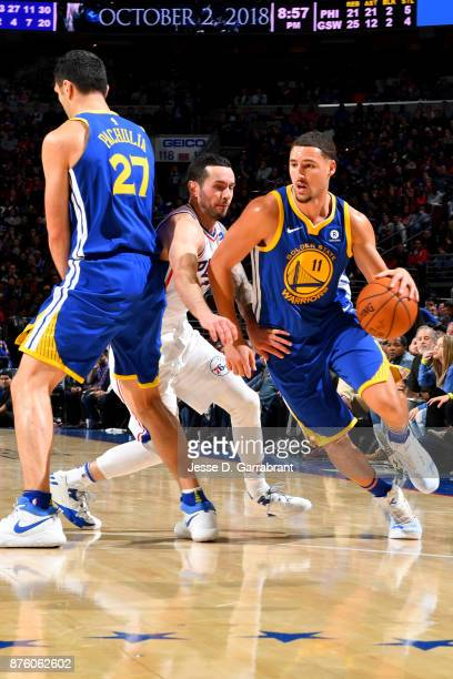 Klay Thompson of the Golden State Warriors handles the ball during the game against the Philadelphia 76ers on November 18 2017 at Wells Fargo Center...