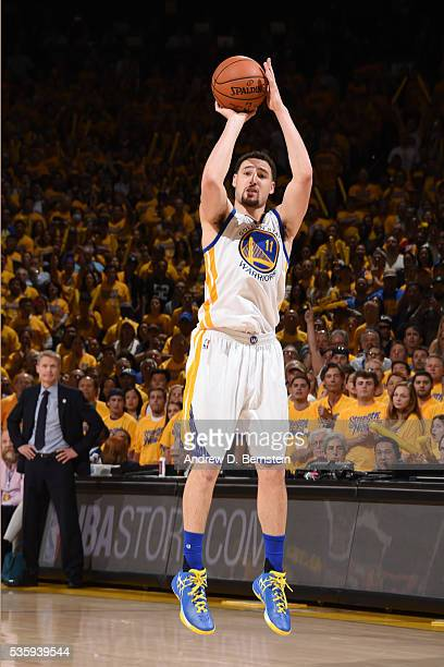Klay Thompson of the Golden State Warriors shoots against the Oklahoma City Thunder during Game Seven of the Western Conference Finals during the...
