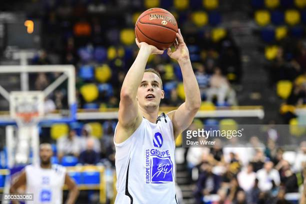 Klemen Prepelic of Levallois during the EuropCup match between Levallois Metropolitans and Darussafaka Istanbul at Salle Marcel Cerdan on October 11...