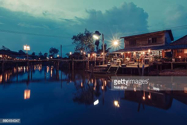 Klongdan floating market