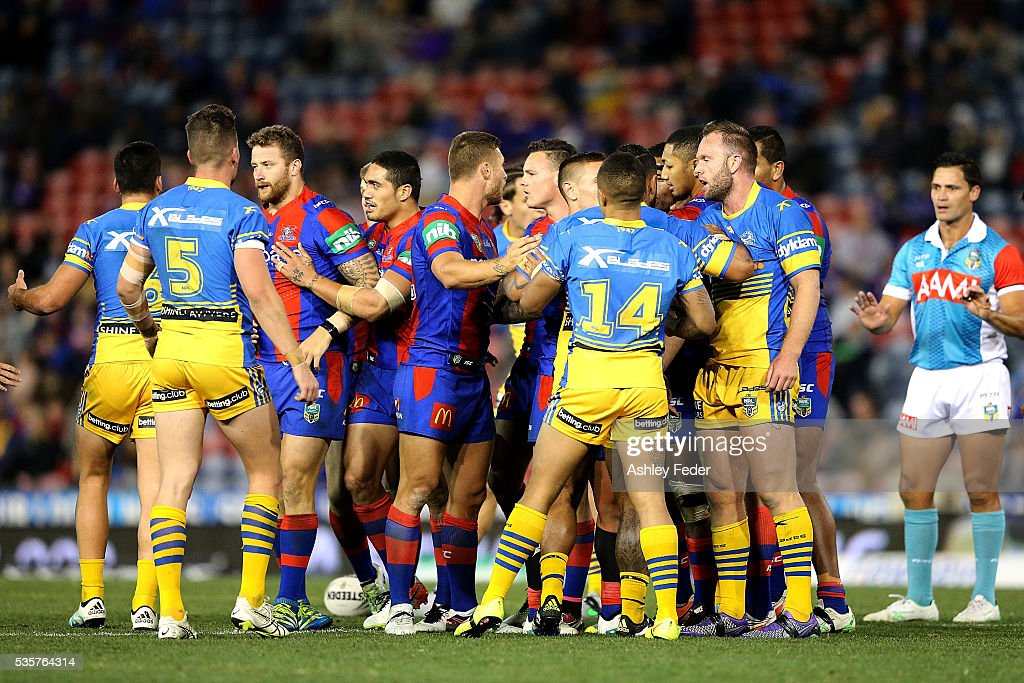 Knights and Eels players during a disagreement during the round 12 NRL match between the Newcastle Knights and the Parramatta Eels at Hunter Stadium on May 30, 2016 in Newcastle, Australia.