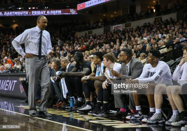 Knights head coach Johnny Dawkins talks with his team during the 2017 NIT Championship quarterfinal game between the Illinois Fighting Illini and UCF...