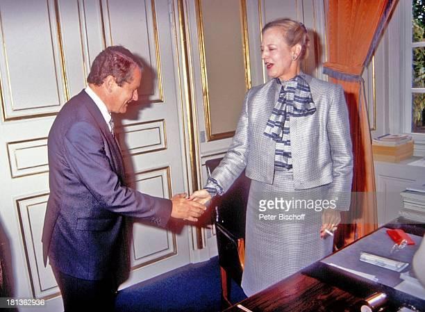 Königin Margrethe II von Dänemark Rolf SeelmannEggebert ARDReihe 'Europäische Königshäuser' Kopenhagen Dänemark Europa 'Schloß Amalienborg'...