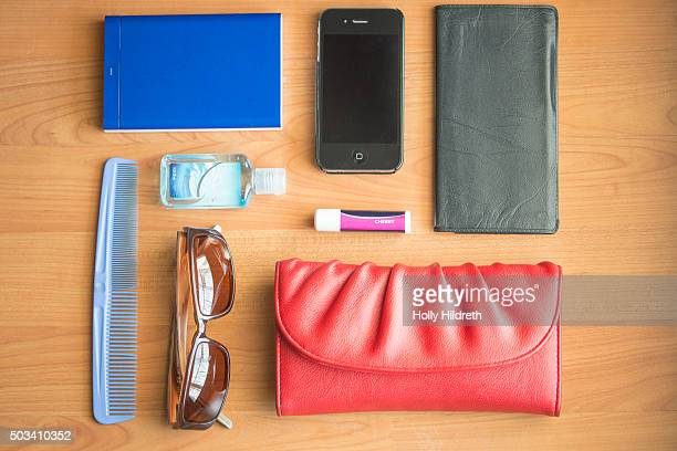 Knolling contents of purse