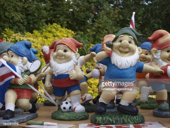 Garden Gnomes On Sale: Garden Gnomes For Sale Stock Photos And Pictures