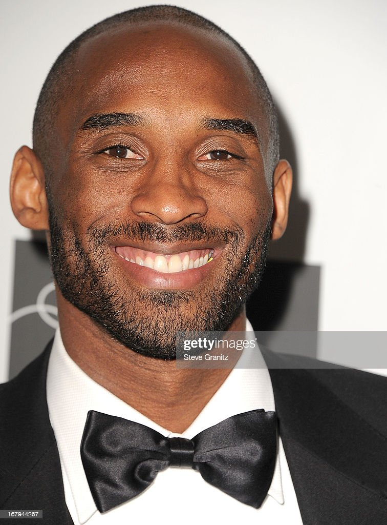 Kobe Bryant arrives at the An Unforgettable Evening Benefiting EIF's Women's Cancer Research Fund at Regent Beverly Wilshire Hotel on May 2, 2013 in Beverly Hills, California.