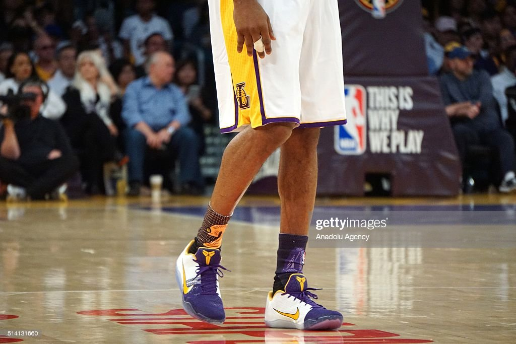 jztpmr Los Angeles Lakers v Golden State Warriors Pictures | Getty Images