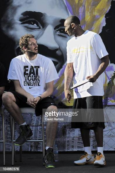 Kobe Bryant of the Los Angeles Lakers and his teammate Pau Gasol react during the 'House of Hoops' contest by Foot Locker on October 6 2010 in...