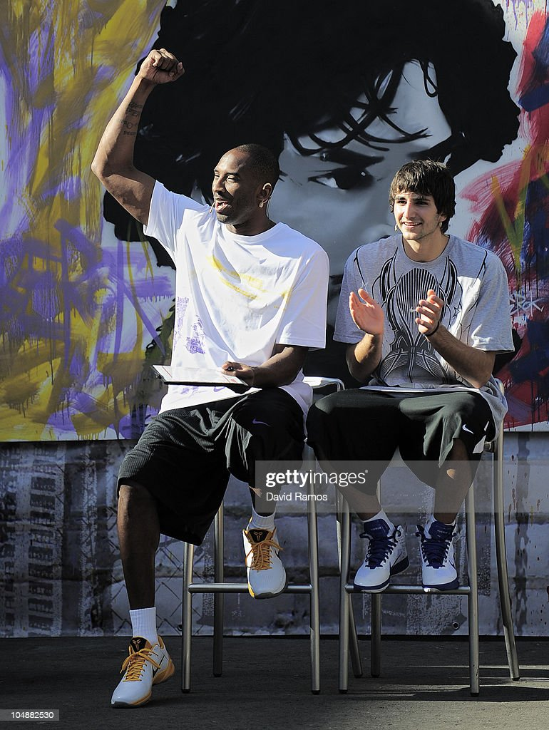 Kobe Bryant of the Los Angeles Lakers and Ricky Rubio of Regal FC Barcelona react during the 'House of Hoops' contest by Foot Locker on October 6...