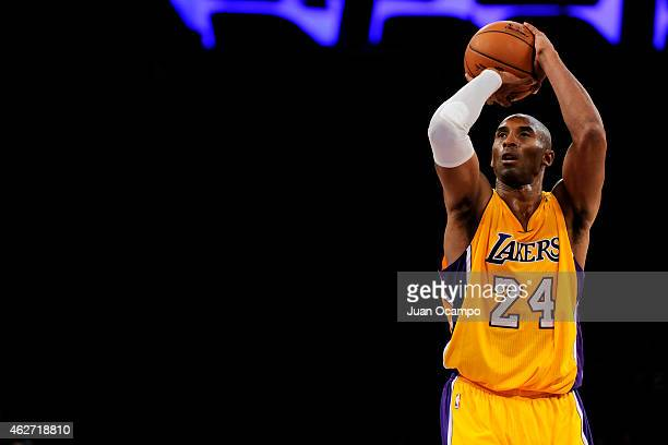 Kobe Bryant of the Los Angeles Lakers attempts a free throw against the Cleveland Cavaliers at STAPLES Center on January 15 2015 in Los Angeles...