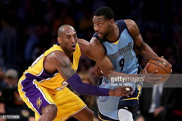 Kobe Bryant of the Los Angeles Lakers defends against Tony Allen of the Memphis Grizzlies during the first half of a game at Staples Center on March...