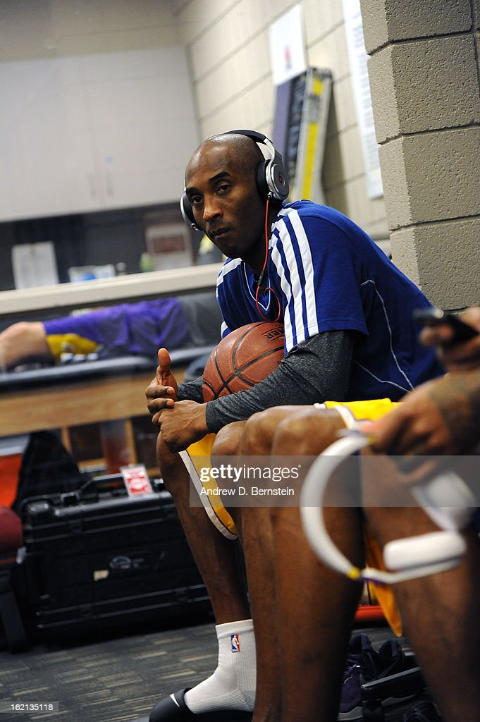 Kobe Bryant #24 of the Los Angeles Lakers gets ready before the game against the Phoenix Suns at US Airways Center on January 30, 2013 in Phoenix, Arizona.