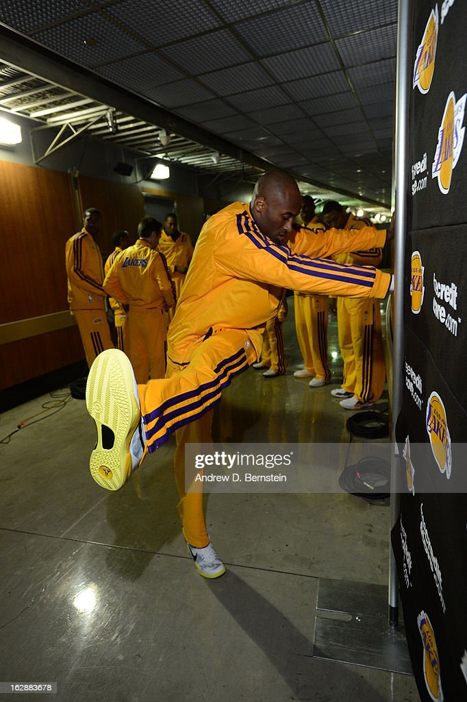 Kobe Bryant #24 of the Los Angeles Lakers warms up before facing the Minnesota Timberwolves at Staples Center on February 28, 2013 in Los Angeles, California.