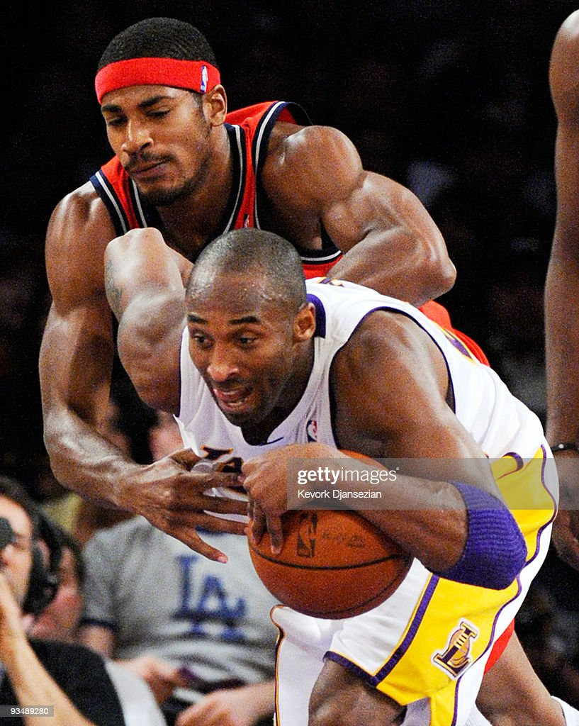 New Jersey Nets v Los Angeles Lakers