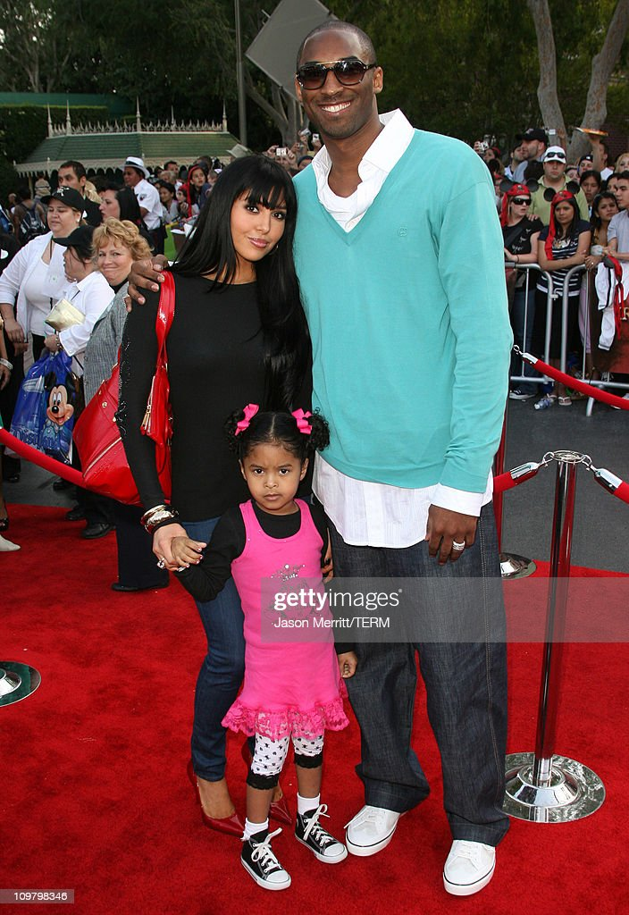 Kobe Bryant with wife Vanessa Bryant and daughter Natalia