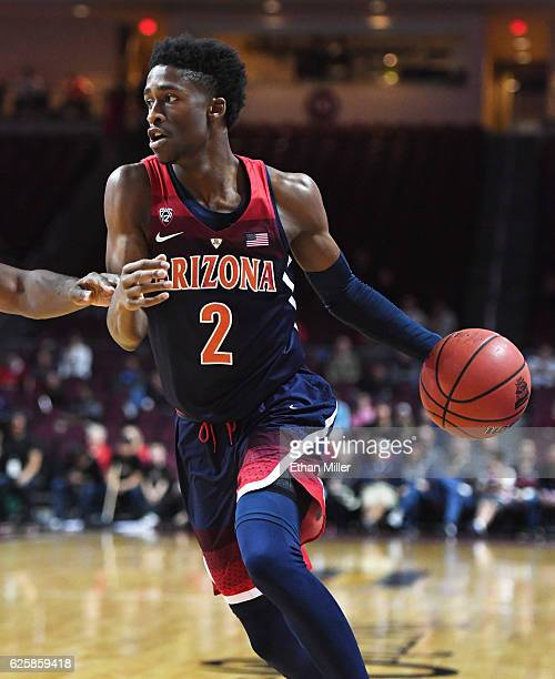 Kobi Simmons of the Arizona Wildcats drives against the Butler Bulldogs during the championship game of the 2016 Continental Tire Las Vegas...