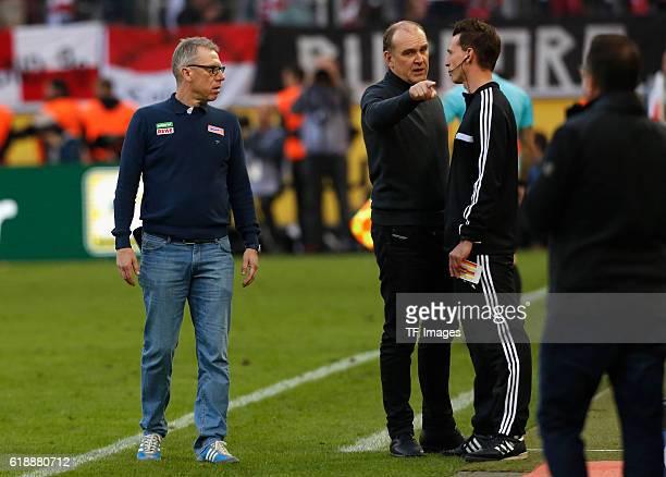 Koeln Germany 1 Bundesliga 7 Spieltag 1 FC Koeln FC Ingolstadt Manager Joerg Schmadtke beschwert sich beim Vierten Offiziellen Christian Bandurski...