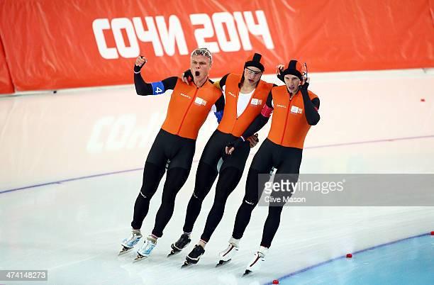Koen Verweij Sven Kramer and Jan Blokhuijsen of the Netherland celebrate winning the gold medal during the Men's Team Pursuit Final A Speed Skating...