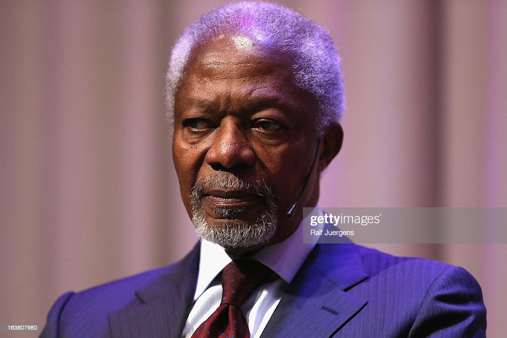 <a gi-track='captionPersonalityLinkClicked' href=/galleries/search?phrase=Kofi+Annan&family=editorial&specificpeople=169832 ng-click='$event.stopPropagation()'>Kofi Annan</a> talks about his autobiography 'Ein Leben in Krieg und Frieden' during the lit. Cologne at `University of Cologne`on March 16, 2013 in Cologne, Germany.