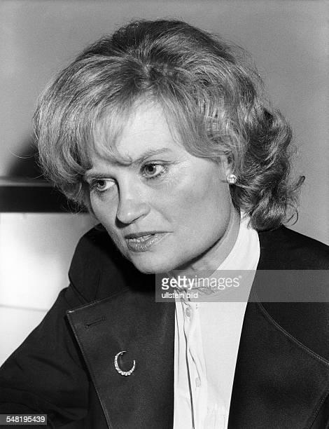 Kohl Hannelore * Dolmetscherin D Ehefrau von Helmut Kohl Bundeskanzler 19821998 Portrait 1985