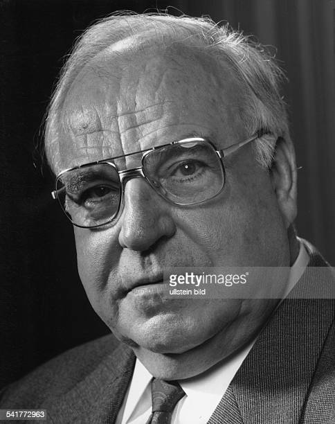 Kohl Helmut *Politician GermanyGerman Chancellor 19821998Portrait phtographer Paul Swiridoff