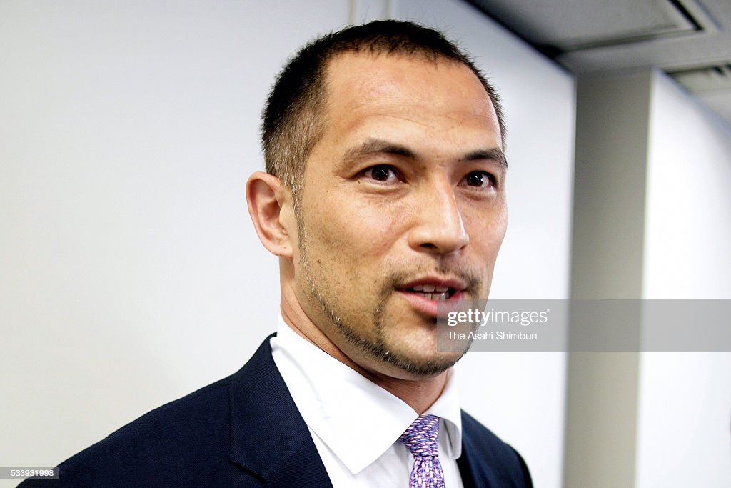 <a gi-track='captionPersonalityLinkClicked' href=/galleries/search?phrase=Koji+Murofushi&family=editorial&specificpeople=240169 ng-click='$event.stopPropagation()'>Koji Murofushi</a> speaks to media after the JAAF exectuive meeting on May 24, 2016 in Tokyo, Japan. Murofushi announced to take part in the Japan Championships aiming to compete in the Rio de Janeiro Olympics.