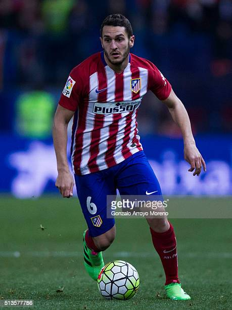 Koke of Atletico de Madrid controls the ball during the La Liga match between Club Atletico de Madrid and Real Sociedad de Futbol at Vicente Calderon...