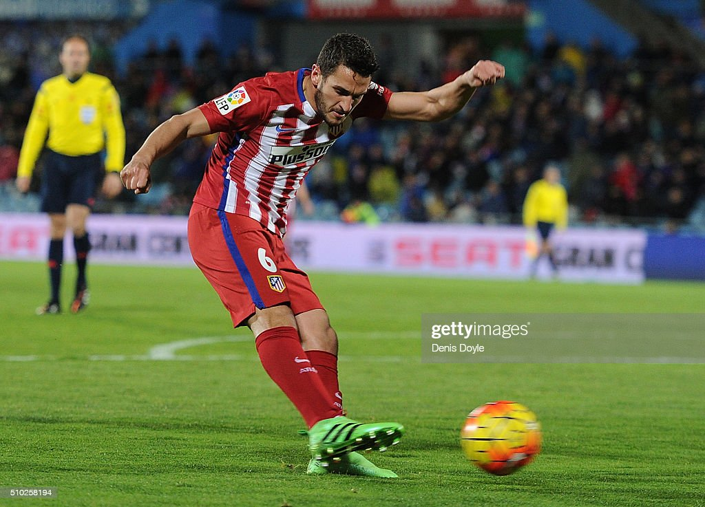 Koke Resurreccion of Club Atletico de Madrid shoots at goal during the La Liga match between Getafe CF and Club Atletico de Madrid at Coliseum Alfonso Perez on February 14, 2016 in Getafe, Spain.