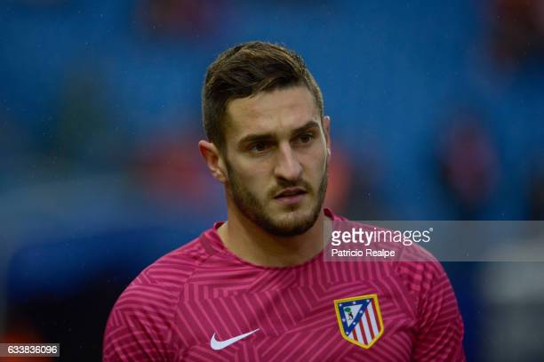 Koke warms up prior the La Liga match between Atletico Madrid and Leganes at Vicente Calderón Stadium on February 04 2017 in Madrid Spain
