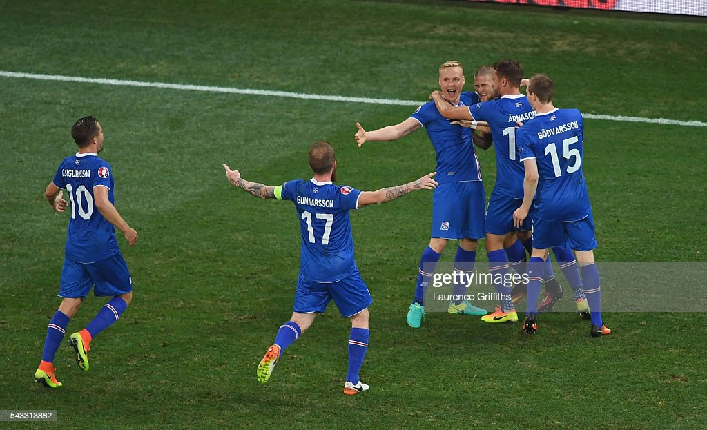 <a gi-track='captionPersonalityLinkClicked' href=/galleries/search?phrase=Kolbeinn+Sigthorsson&family=editorial&specificpeople=4649188 ng-click='$event.stopPropagation()'>Kolbeinn Sigthorsson</a> (3rd L) of Iceland celebrates scoring his team's second goal with his team mates during the UEFA EURO 2016 round of 16 match between England and Iceland at Allianz Riviera Stadium on June 27, 2016 in Nice, France.