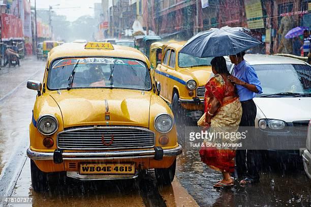 Kolkata, Yellow Ambassador taxi