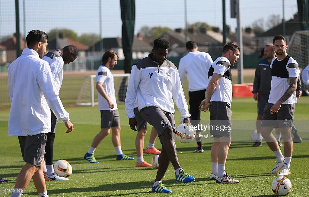 <a gi-track='captionPersonalityLinkClicked' href=/galleries/search?phrase=Kolo+Toure&family=editorial&specificpeople=204364 ng-click='$event.stopPropagation()'>Kolo Toure</a> of Liverpool warms up during a training session ahead of the UEFA Europa League Semi-Final Second Leg match against Villarreal at Melwood Training Ground on May 4, 2016 in Liverpool, England.