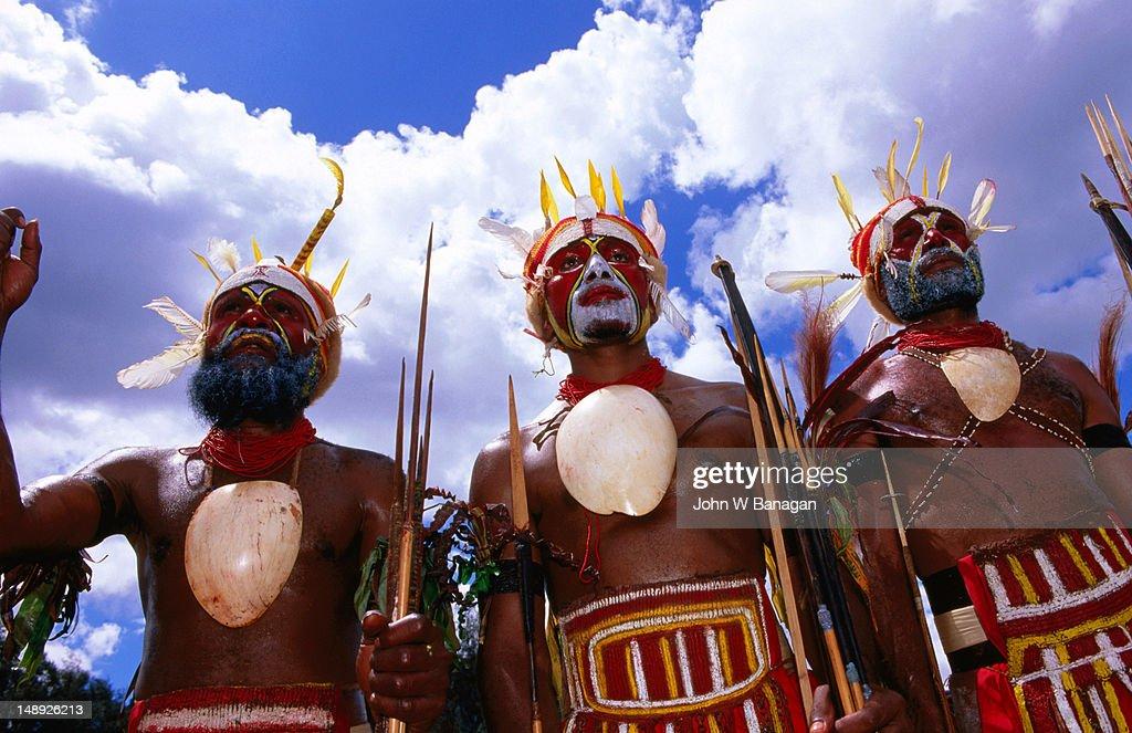 Komoka tribe members at Tabuga village Sing Sing.