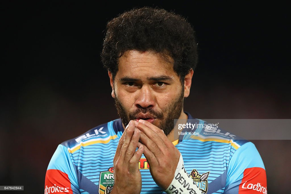 Konrad Hurrell of the Titans warms his hands during the round 19 NRL match between the St George Illawarra Dragons and the Gold Coast Titans at WIN Jubilee Stadium on July 15, 2016 in Sydney, Australia.