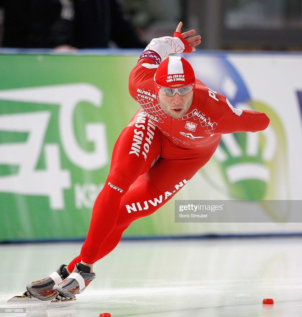 <a gi-track='captionPersonalityLinkClicked' href=/galleries/search?phrase=Konrad+Niedzwiedzki&family=editorial&specificpeople=885545 ng-click='$event.stopPropagation()'>Konrad Niedzwiedzki</a> of Poland competes in the men's 1500m Division A race during day one of the Essent ISU World Cup Speed Skating on December 6, 2013 in Berlin, Germany.