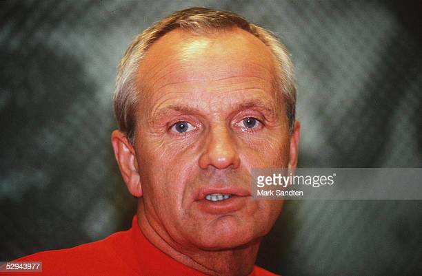 QUALIFIKATIONSSPIEL 1995 DAENEMARK SPANIEN 11 Kopenhagen Trainer Richard MOELLERNIELSEN/DEN