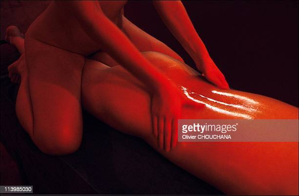 Korean session massage performed by Korean hostess at Midas massage parlor in Sydney Australia in 2005The new trend in the Australian sex industry...