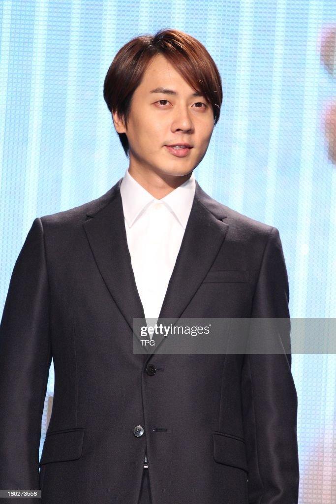 Korean Star Andy Leemember Of Pop Group Shinhwaattend Charity Activity On