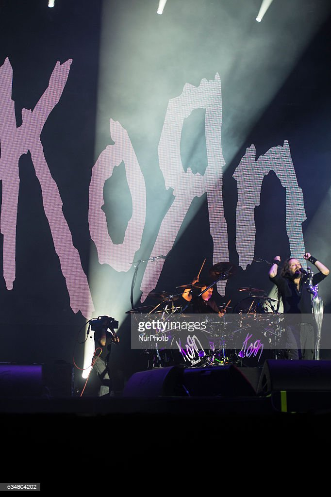 Korn performance in Rock in Rio 2016 Lisbon, the Nu Metal band from California present a good performance with 50.000 people. Lisbon, Portugal. On May 27, 2016