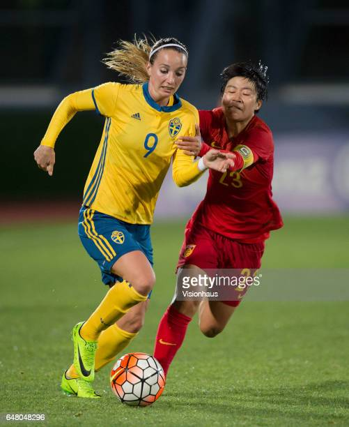 Kosovare Asllani of Sweden and Ren Guixin of China during the Group C 2017 Algarve Cup match between China Women and Sweden Women at the Vila Real de...