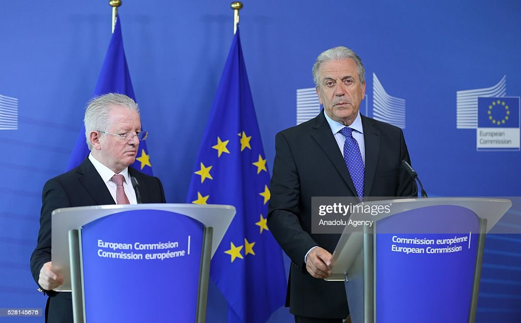 Kosovon Interior Minister Skender Hyseni (L) and EU Commissioner for Migration and Home Affairs Dimitris Avramopoulos (R) speak at a joint press conference in Brussels, Belgium on May 4, 2016.