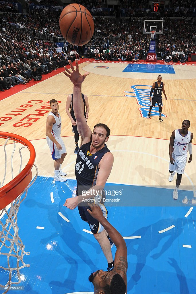 <a gi-track='captionPersonalityLinkClicked' href=/galleries/search?phrase=Kosta+Koufos&family=editorial&specificpeople=4216032 ng-click='$event.stopPropagation()'>Kosta Koufos</a> #41 of the Memphis Grizzlies putting up a shot in a gmae against the Los Angeles Clippers at Staples Center on November 18, 2013 in Los Angeles, California.