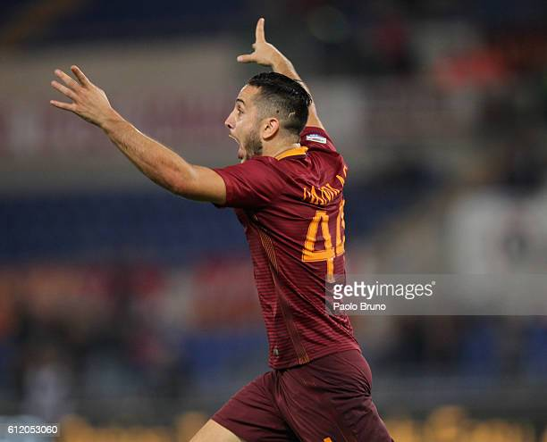 Kostas Manolas of AS Roma celebrates after scoring the team's second goal during the Serie A match between AS Roma and FC Internazionale at Stadio...