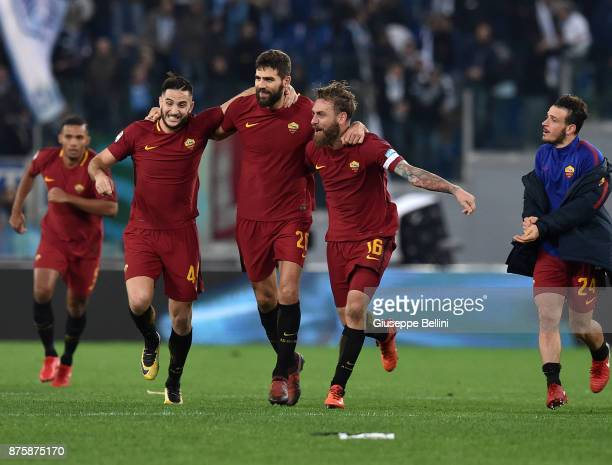 Kostas ManolasFederico Fazio Daniele De Rossi and Alessandro Florenzi of AS Roma celebrate with Radja Nainggolan after scoring the opening goal...