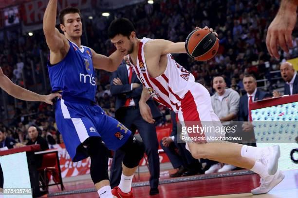 Kostas Papanikolaou #16 of Olympiacos Piraeus competes with Nikola Jovanovic #32 of Crvena Zvezda mts Belgrade during the 2017/2018 Turkish Airlines...