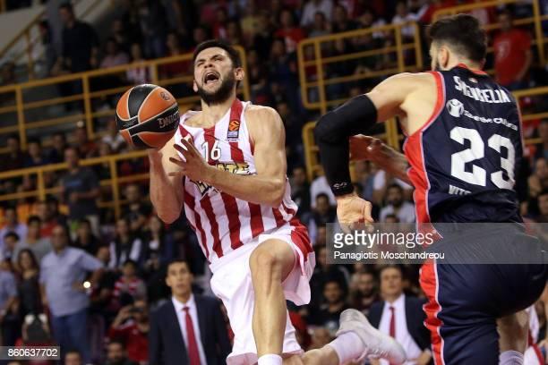 Kostas Papanikolaou #16 of Olympiacos Piraeus in action during the 2017/2018 Turkish Airlines EuroLeague Regular Season Round 1 game between...