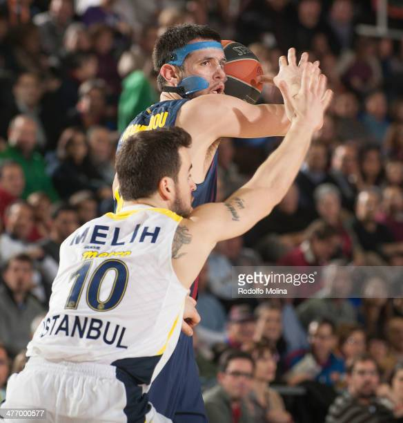 Kostas Papanikolau #16 of FC Barcelona in action during the 20132014 Turkish Airlines Euroleague Top 16 Date 9 game between FC Barcelona Regal v...